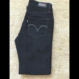 Levi straight leg black jeans
